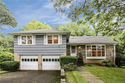 Westchester County Single Family Home For Sale: 14 Wingate Place
