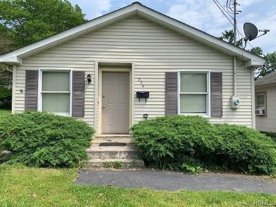 Middletown Single Family Home For Sale: 254 Cottage Street