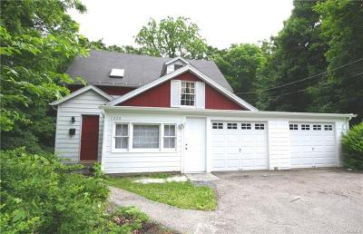 Westchester County Single Family Home For Sale: 1224 Seymour Lane