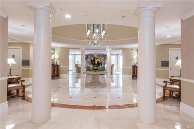 Condo/Townhouse For Sale: 411 Trump Park