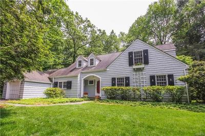 Chappaqua Single Family Home For Sale: 121 Commodore Road