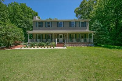 Rockland County Single Family Home For Sale: 22 Cragmere Road
