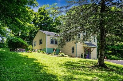 Croton-On-Hudson Single Family Home For Sale: 1 Wood Road