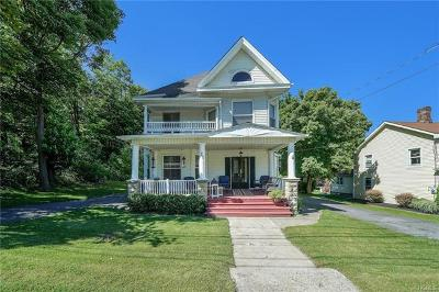 Orange County Single Family Home For Sale: 28 Main Street