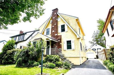 New Rochelle Single Family Home For Sale: 44 Westwood Avenue