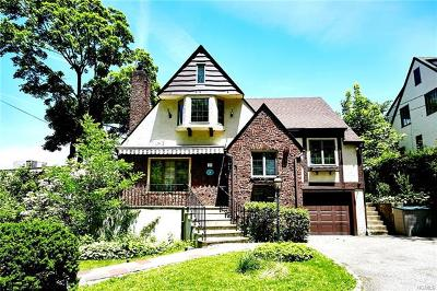New Rochelle Single Family Home For Sale: 10 Cherry Avenue