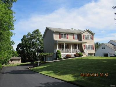 Monroe Single Family Home For Sale: 32 Seals Drive