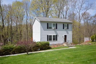 Westchester County Single Family Home For Sale: 5 Parkway Drive