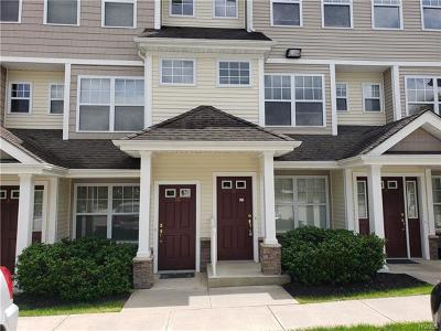 Middletown Condo/Townhouse For Sale: 25 Fairways Drive #11