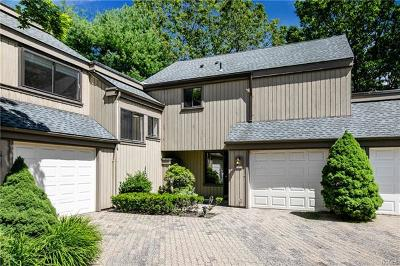 Westchester County Condo/Townhouse For Sale: 43 Heritage Hills #C