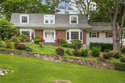 Scarsdale Single Family Home For Sale: 17 Boulder Brook Road