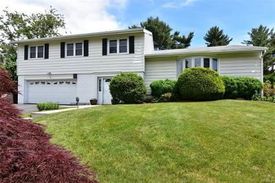 Rye Brook Single Family Home For Sale: 1 Whippoorwill Road