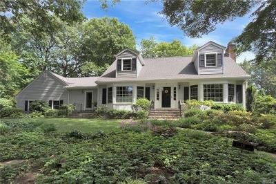Sleepy Hollow Single Family Home For Sale: 16 Evergreen Way