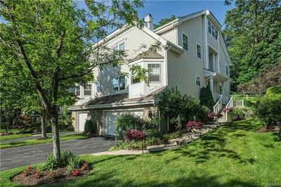 White Plains Condo/Townhouse For Sale: 48 Winding Ridge Road