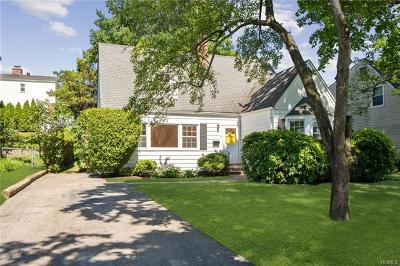 Eastchester Single Family Home For Sale: 14 Douglas Place