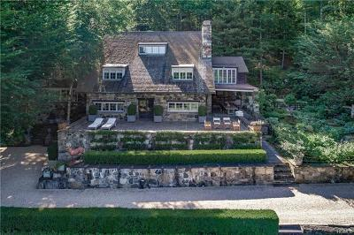 Mount Kisco Single Family Home For Sale: 315 Crow Hill Road
