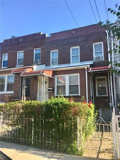 Bronx Single Family Home For Sale: 936 East 221st Street