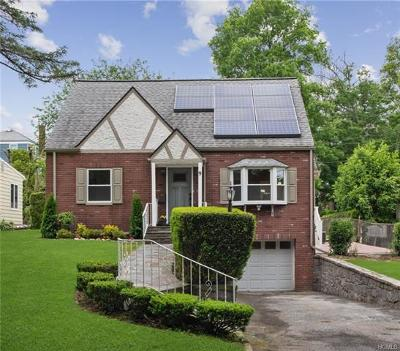 Eastchester Single Family Home For Sale: 9 Leary Street