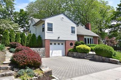 Tuckahoe Single Family Home For Sale: 10 Lawrence Avenue