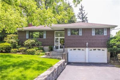 Westchester County Single Family Home For Sale: 4 Bracken Road