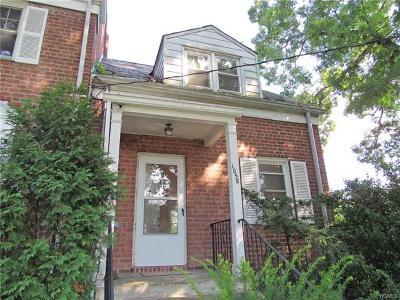 Larchmont Rental For Rent: 1058 Palmer Avenue