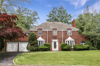Scarsdale Single Family Home For Sale: 32 Romney Place Aka 51 Windsor Road