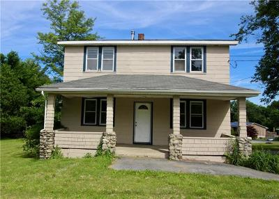 Middletown Single Family Home For Sale: 221 Schutt Road