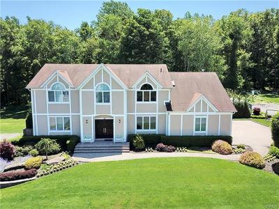 Rockland County Single Family Home For Sale: 23 Mariner Way