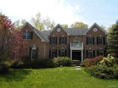 Cortlandt Manor Single Family Home For Sale: 7 Red Oak Lane