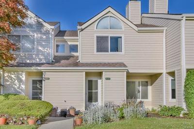 Brewster Condo/Townhouse For Sale: 1606 Eagles Ridge Road