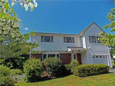 Nanuet Single Family Home For Sale: 8 Rockland Avenue