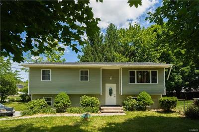 Middletown Single Family Home For Sale: 130 Whipple Road