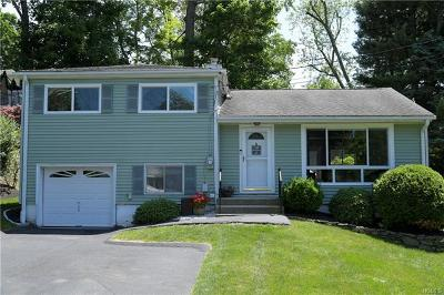 Westchester County Single Family Home For Sale: 54 Highview Terrace