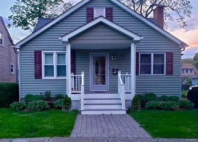 Orange County Single Family Home For Sale: 23 Roosevelt Place