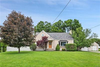 Dutchess County Single Family Home For Sale: 25 Kipp Avenue