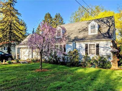 Newburgh Single Family Home For Sale: 5 Hampton Place