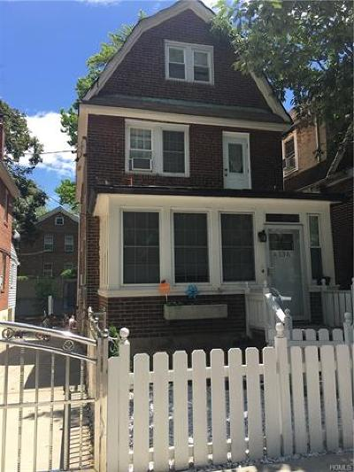 North Riverdale Single Family Home For Sale: 6136 Tyndall Avenue