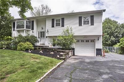 Single Family Home For Sale: 8 Gleason Drive