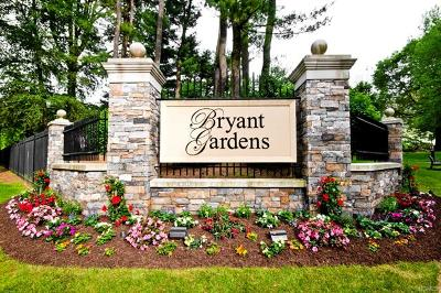 Westchester County Co-Operative For Sale: 15 Bryant Crescent #2A