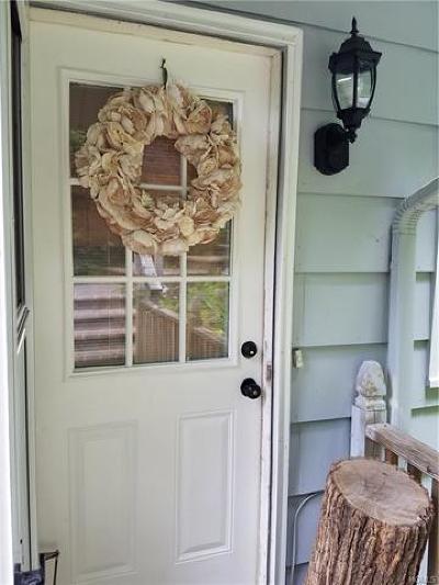 Rental For Rent: 27 Oakwood Drive