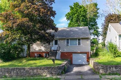 Newburgh Single Family Home For Sale: 95 Larter Avenue