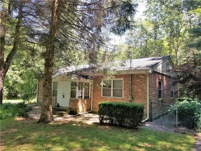 Monroe Single Family Home For Sale: 1405 Lakes Road