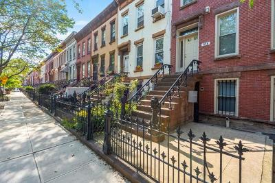 Brooklyn Multi Family 2-4 For Sale: 571 Macdonough Street