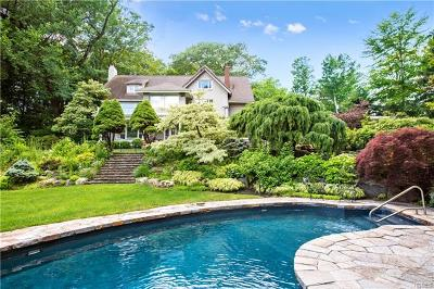 Chappaqua Single Family Home For Sale: 111 Paulding Drive