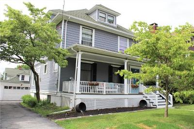 Middletown Single Family Home For Sale: 12 Lenox Place
