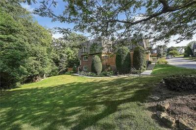 Warwick Condo/Townhouse For Sale: 69 Laudaten Way