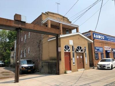 Bronx County Commercial For Sale: 1025 East Gun Hill Road