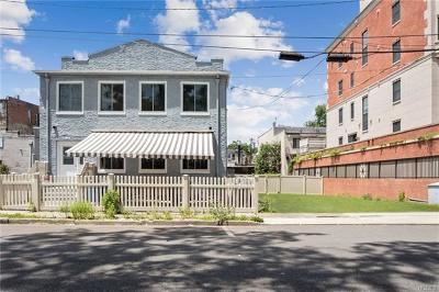 Mamaroneck Multi Family 2-4 For Sale: 572 Van Ranst Place