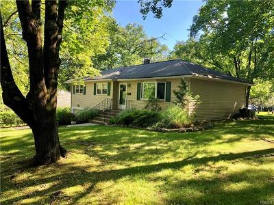Rockland County Single Family Home For Sale: 37 Sterling Avenue