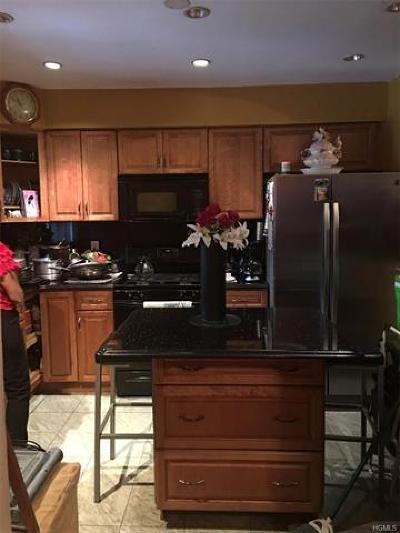 Bronx Single Family Home For Sale: 2544 Fish Avenue